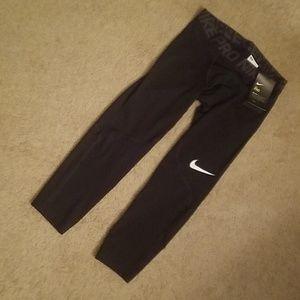Nike Pro pants capris